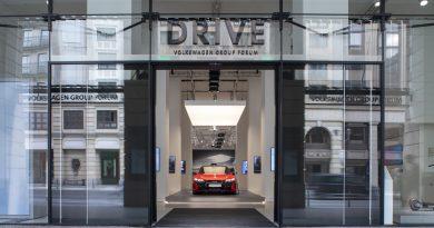 Audi eröffnet Markenausstellung im DRIVE. Volkswagen Group Forum