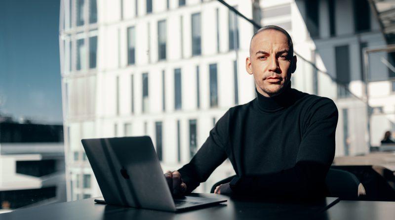 Industrie und SEO: Experte verrät, wie man Schrauben, Werkzeug oder Maschinen über Google verkauft